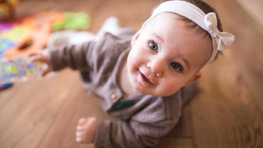 25 Nama Bayi Perempuan Islami dengan Arti Beruntung