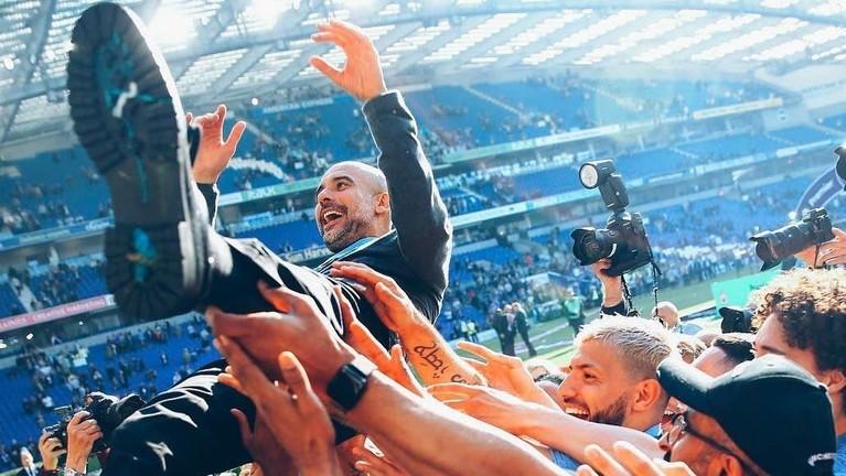 Pep Guardiola memang mampu membawa tim Manchester City jadi tim menakutkan di Liga Inggris.