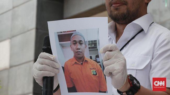 ICJR menilai penerapan pasal makar tak bisa menjerat HS, pria yang mengaku akan memenggal kepala Presiden Joko Widodo, karena tak memenuhi unsur makar.