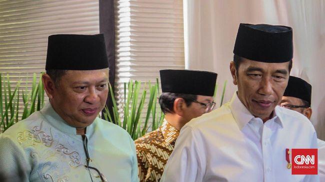 Melalui cuitan Twitter-nya, Presiden Jokowi menyampaikan kondisi terkini mantan Ketua Umum PP Muhammadiyah Buya Syafii.