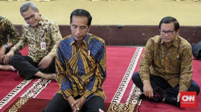 Jokowi mengimbau jika ada kecurangan di Pemilu 2019 bisa dilaporkan ke Bawaslu atau ke Mahkamah Konstitusi jika ada sengketa.