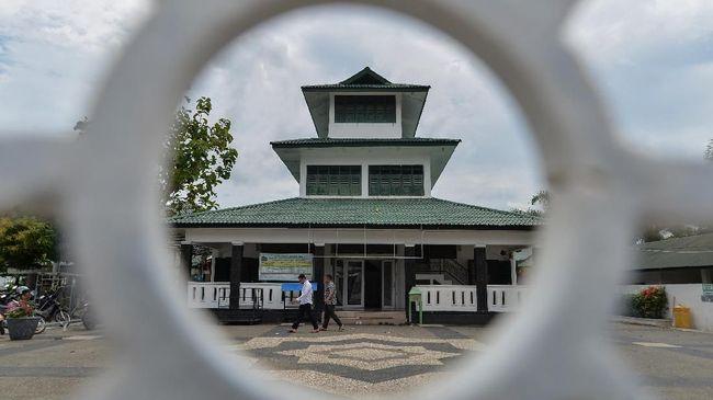 Sejak pertama berdiri, Kerajaan Aceh sudah berlandaskan ajaran Islam hingga sampai pada puncak kejayaan di bawah kepemimpinan Sultan Iskandar Muda.