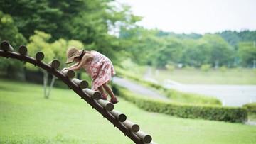 Manfaat Ajak Anak Ngabuburit dengan Main ke Taman
