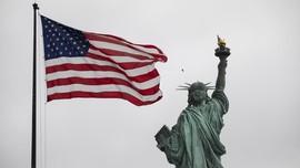 FOTO: Obor Sejarah 'Menyala' Abadi di Museum Patung Liberty