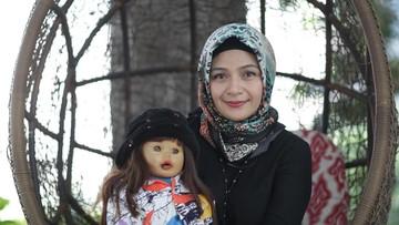 Cerita Ria Enes tentang 3 Anak Gadisnya yang Beranjak Dewasa