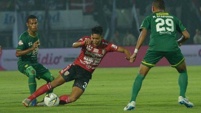 Daftar klasemen Liga 1 2019 berubah setelah Persebaya Surabaya vs Borneo FC imbang tanpa gol di Stadion Gelora Bung Tomo, Surabaya, Jumat (11/10).