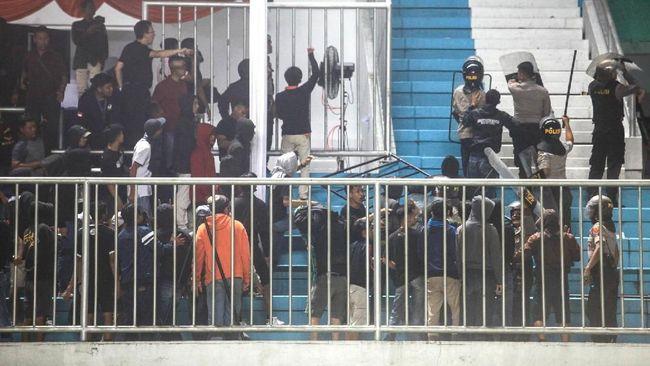 Komisi Disiplin PSSI menghukum kesebelasan PSS dan Arema FC terkait insiden dalam laga pembuka Liga 1 2019 di Stadion Maguwoharjo, Yogyakarta, Rabu (15/5).