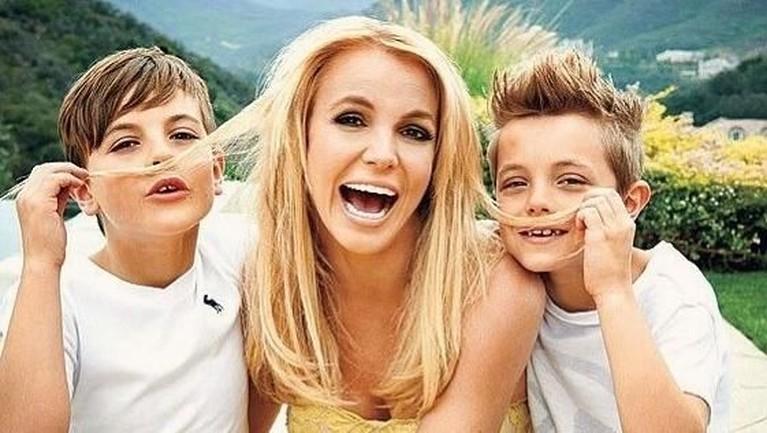 Perceraian itu membuat Spears depresi dan ketergantungan obat.Ia pun harus kehilangan hak asuh kedua anaknya, Sean Federline dan Jayden James Federline.