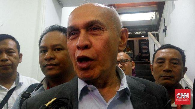 Pengacara Kivlan Zen, Muhammad Yuntri menuding Polri sengaja menyeret kliennya dan punya motif politis.
