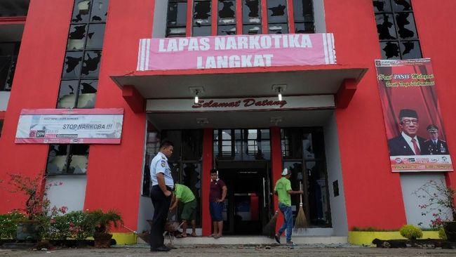 Kanwil Kemenumham Sumut pihaknya masih mengejar 53 napi Lapas Narkotika Langkat yang masih buron sambil menawarkan perlindungan bagi yang menyerahkan diri.