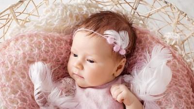 20 Nama Bayi Perempuan Islami Berawalan R