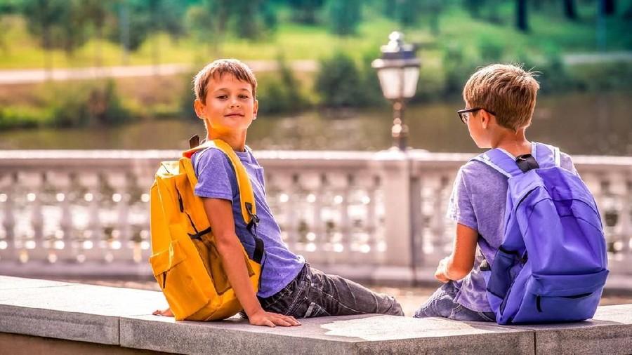 Bunda, Kenali 5 Tahap Perkembangan Empati pada Anak