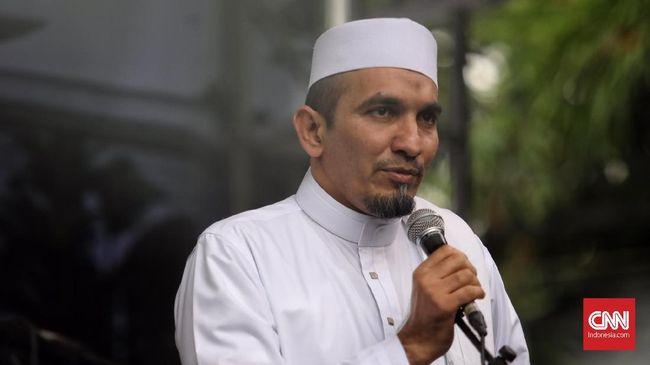 Ratusan masjid diklaim oleh Ketua Umum FPI Sobri Lubis telah membuka pintu untuk menampung massa Gerakan Kedaulatan Rakyat yang akan beraksi 22 Mei.