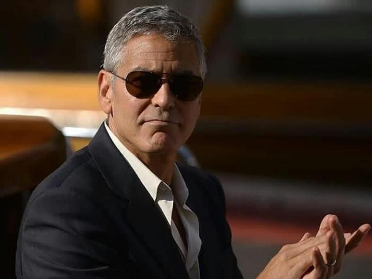 George Clooney mendapatkan peran sebagai Batman dalam filmnya yang berjudul Batman & Robin yang dirilis pada 12 Juni 1997. Clooney beradu akting dengan Arnold Schwarzenegger dan Chris O'Donnell dalam film tersebut.