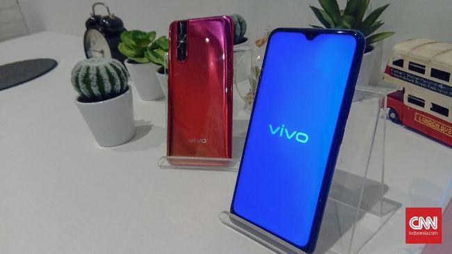 Perangkat ponsel Vivo terbaru yakni Vivo V17 Pro dikabarkan bakal menyematkan kamera pop-up ganda dengan sensor utama sebesar 32 megapiksel.