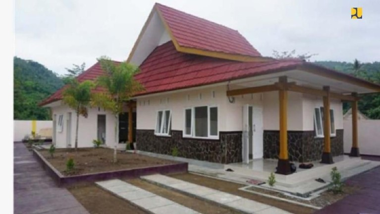 Kementerian PUPR juga membangun rumah baru bagi Zohri. Letaknya 1,5 km dari rumah lamanya. Rumah baru Zohri dibangun di atas tanah seluas 500 meter persegi.