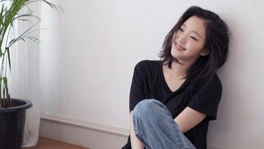 Kim Go Eun Certiakan Kisah Masa Lalunya yang Keras