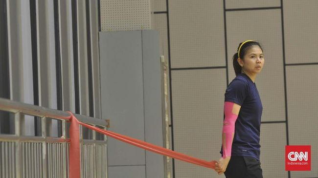 Greysia Polii menangis di pelukan Apriyani Rahayu usai juara Yonex Thailand Open di Impact Arena, Minggu (17/1).