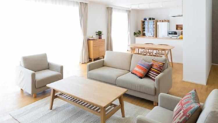 Bunda hendak menata ulang beberapa ruangan di rumah agar tampak memesona saat Lebaran? Perhatikan dulu saran berikut.