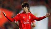 Rumor bursa transfer menggeliat seiring berakhirnya mayoritas kompetisi di Eropa. Leroy Sane dan wonderkid Benfica Joao Felix masuk dalam daftar tersebut.