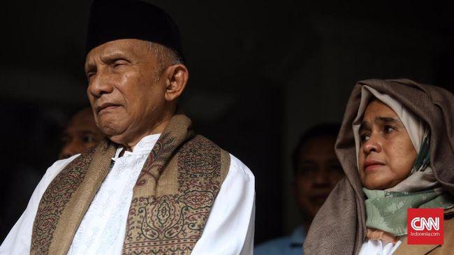Amien Rais resmi mendeklarasikan Partai Ummat di Yogyakarta bertepatan dengan 17 Ramadhan 1442 Hijriah, Kamis (29/4).