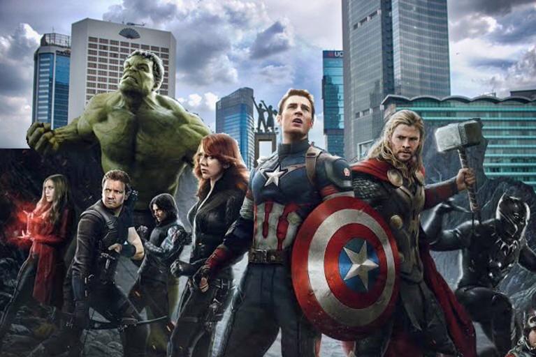 Avengers juga terlihat sedang mengamankan wilayah bundaran Hotel Indonesia saat aksi 22 Mei.