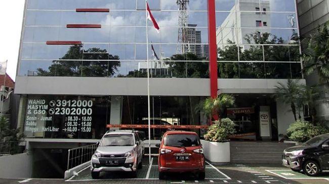 Dua lokasi dealer mobil merek Jepang di Wahid Hasyim dan Slipi terimbas aksi 22 Mei yang terjadi di Jakarta.