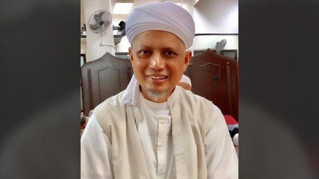 Ustaz Arifin Ilham meninggal dunia pada Rabu (22/5) puku 23.35 waktu Malaysia karena kanker getah bening.