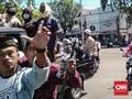 Demo di Polres Pamekasan, Massa 22 Mei Bawa Bambu Runcing