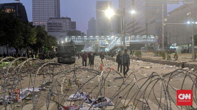 Polisi mengklaim penyerangan anggota Brimob terhadap warga sipil di Kampung Bali, Jakarta saat aksi 22 Mei berawal dari peristiwa penyerangan panah.