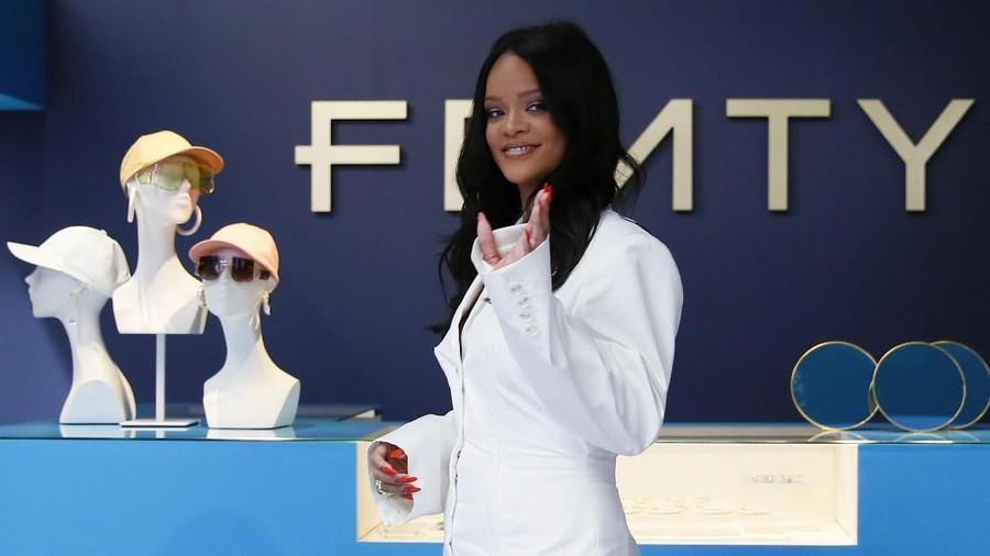 Rilis Fenty di Paris, Rihanna Cetak Sejarah Baru