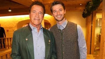 Kedekatan Arnold Schwarzenegger & Putranya yang Seperti Sahabat