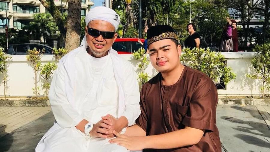 Tulisan Terakhir Ustaz Arifin Ilham yang Memilukan Hati Putranya