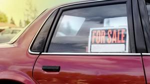 Pedagang Bersiap Gunting Harga Mobil Bekas
