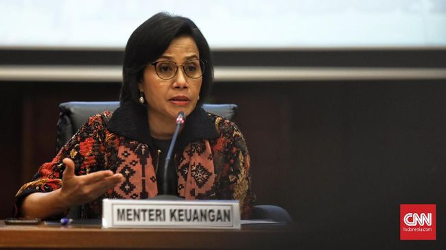 Menteri Keuangan Sri Mulyani Indrawati memberi keterangan kepada media terkait pencairan THR pada hari ini, Jakarta, 24 Mei 2019.  Berdasarkan  hasil monitoring THR yang telah dicairkan sebesar 19 T  atau 95 % dari proyeksi kebutuhan dana 20 T. CNN Indonesia/Hesti Rika