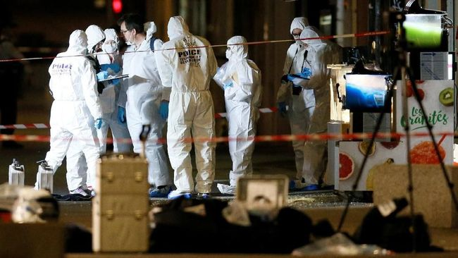 Kepolisian Prancis memburu pelaku bom koper yang meledak di Kota Lyon dan melukai setidaknya 13 orang pada Jumat (24/5).