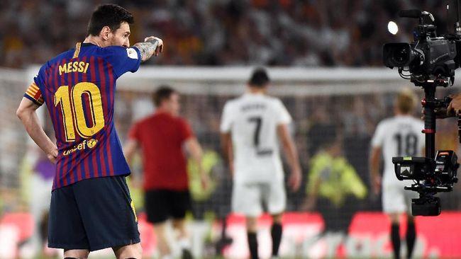 Barcelona tidak mendapat magis ketiga dari Lionel Messi musim ini saat dikalahkan Valencia 1-2 pada final Copa del Rey.