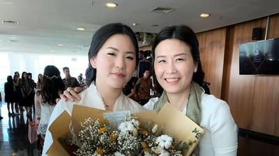 Pesan Menyentuh Veronica Tan di Hari Kelulusan Putrinya