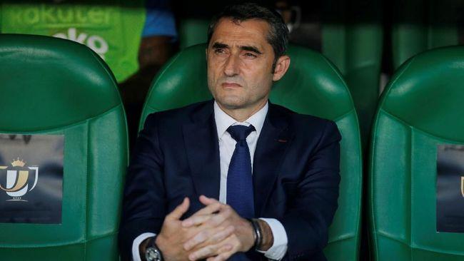 Ernesto Valverde semakin dekat dengan pemecatan dari kursi pelatih Barcelona usai gagal mengerek timnya juara Copa del Rey.