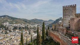 FOTO: Menyibak Peninggalan Islam di Alhambra