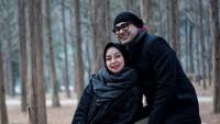 <p>Semakin lama bersama, Ramzi dan istri semakin terlihat mirip ya. (Foto: Instagram @avibasalamah)</p>