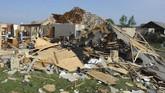 Ohio porak poranda dihantam tornado yang membawa angin berkecepatan 136-165 kilometer perjam pada Selasa (28/5).