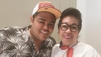 <p>Ivan lahir dari pasangan Bambang Cahyo Gunawan dan Erna Gunawan. (Foto: Instagram @ivan_gunawan)</p>
