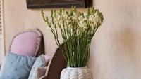 <p>Bunga yang satu ini sudah sering digunakan sebagai penghias ruangan saat Lebaran. Tapi tahukah Bunda kalau bunga bernama latin <em>Polianthes tuberosa</em> tersebut banyak digunakan sebagai bahan parfum? (Foto: iStock)</p>