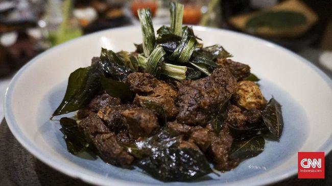 BI mencatat pangsa pasar makanan halal Indonesia mencapai 13 persen dari pasar global, menjadikannya pasar terbesar di dunia.