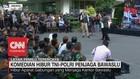 VIDEO: Cak Lontong Hibur Polisi & TNI di Bawaslu