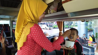 Serunya Bunda dan Keluarga Mudik Gratis Bareng Transmedia