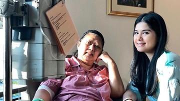 Annisa Pohan Setia Dampingi Ani Yudhoyono yang Kondisinya Menurun