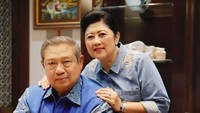 <div>Pernah memangku jabatan sebagai ibu negara dua kali, wajar jika Ani senantiasa mendampingi SBY di berbagai acara. (Foto: Instagram/ @aniyudhoyono)</div><div></div>