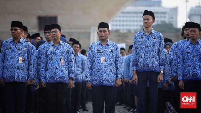 Alasan cegah ekstremisme, SE Kemenag yang terbit 3 Februari mengatur larangan ASN di kementerian ini bergabung dan memakai atribut dari organisasi terlarang.